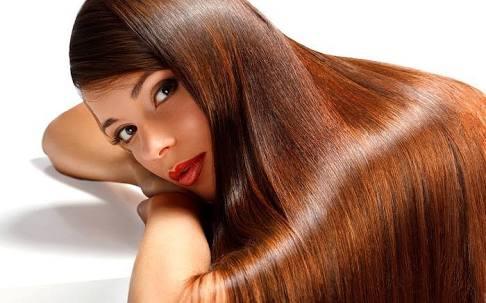 Saçların Parlak Olması İçin  Ne Yapmalı